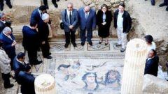Zeugma Mozaiklerine Ayakkabı İle Basılır mı?