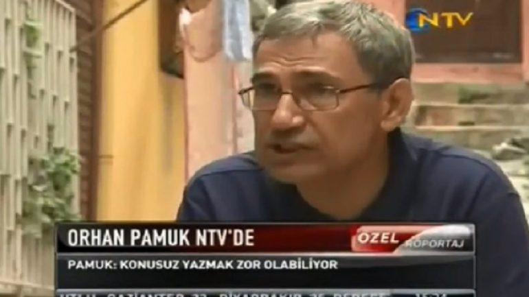 Orhan Pamuk'tan romancı ve okur tespitleri
