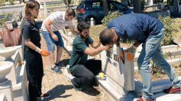 Oğuz Atay'ın mezar taşı temizlendi