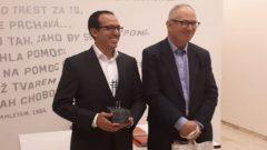 Burhan Sönmez'e Vaklev Havel Ödülü verildi