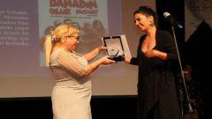 Ayşe Erbulak'a tiyatro ödülü