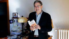 Orhan Pamuk Veba Geceleri romanını bitirmekte gecikti