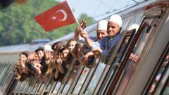 Balkan göçmenleri Sirkeci Garı'nda buluştu