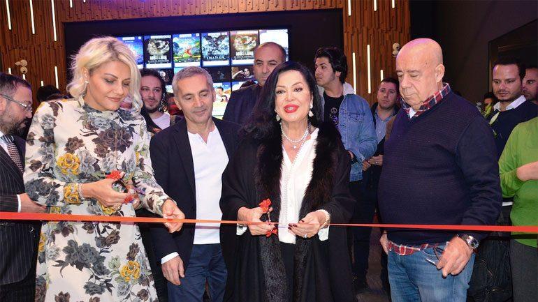 Türkan Şoray sinema salonu açtı