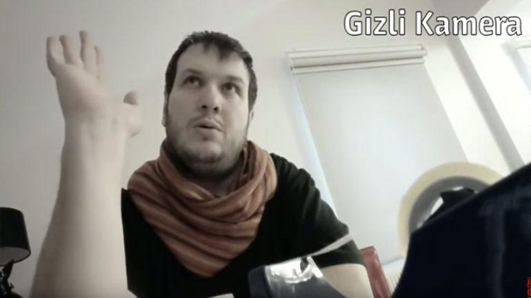 Şahan Gökbakar sinemadaki promosyon vurgununu video ile anlattı