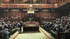 Banksy'nin Şempanzeler Kamarası eseriyle Brexit mesajı