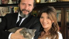 Şebnem Bozoklu evlendi – eşi gazeteci Kanat Atkaya
