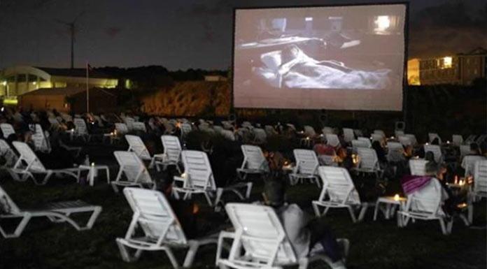 Kilyos'ta plaj sineması açıldı
