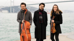"""Bosphorus Trio ilk albümü """"Turkish Piano Trios"""" ile"""